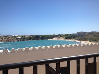 Beach View Apartment overlooking Arenal Bay., Arenal d'en Castell