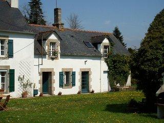 Kerespars Cottage, Leuhan
