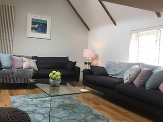 Luxurious Downalong Holiday Home - The Moorings, St. Ives