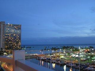 Breathtaking Oceanfront - Ilikai Marina, Honolulu