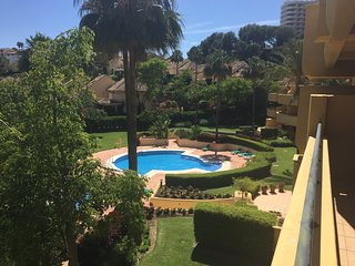2-BEDROOM APARTMENT NEAR RIO REAL GOLF, Puerto Banus