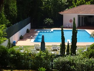 HOUSE NEAR PORTO AND THE BEACH, WITH SWIMMING POOL, Vila Nova de Gaia