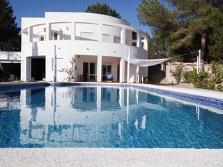 Carmencita - Near Ibiza and Playa den Bossa, Sant Josep