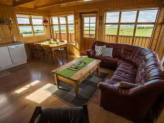 Holt - A Quality Cottage with a View, Selfoss