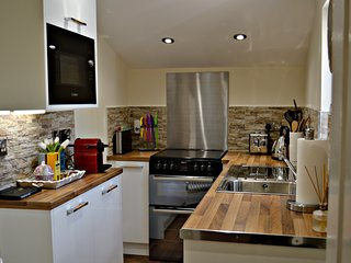 Carmel Superior Apartment 160/170, Falkirk