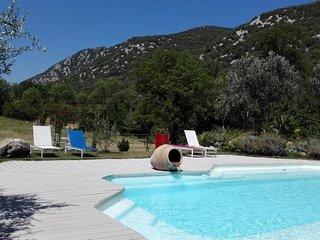 Maison de vacances avec piscine, Sauna et jacuzzi