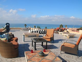 Stunning Sunsets & OceanViews Beachfront community, Rosarito