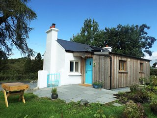 Birch Eco Cottage - off grid self catering, Ballyroney