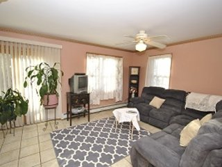 Red Rose Cottage ~ RA90972, East Stroudsburg