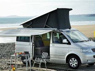 California Beach Campervan 2TD 2016, Londres