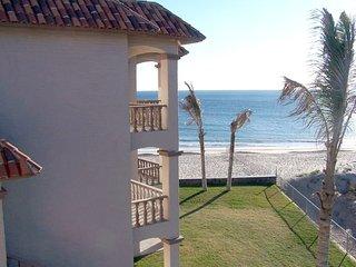Oceanfront 3 BR/BA Bahia Delfin Premier Location, San Carlos