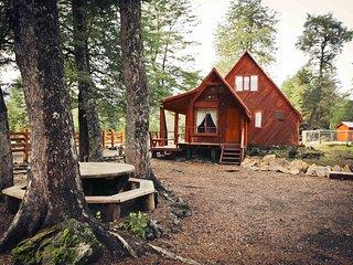 Llaima Camp, Cabañas y camping a 4 km. del Parque Nacional Conguillío