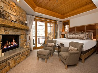 3 Bdrm Luxury Teton Village Slopeside Condominium