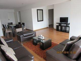 Apartamento confortable en corazon de Miraflores