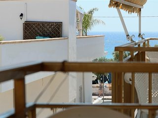 Holiday house in Lido Conchiglie in Gallipoli on the first floor sea view and cl