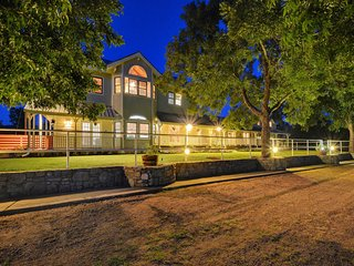 A Luxury Ranch Experience, Marble Falls