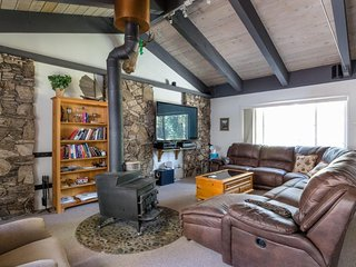 Spacious, dog-friendly home w/ private hot tub - walk to the beach!, Tahoe City