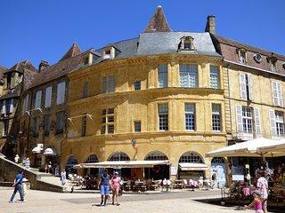 La Liberté Studio apartment - medieval Sarlat, Sarlat-la-Canéda