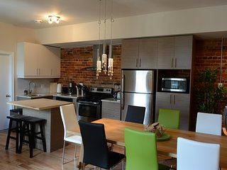 4 bed/3 bath + Terrace on Le Plateau near metro -3, Montreal