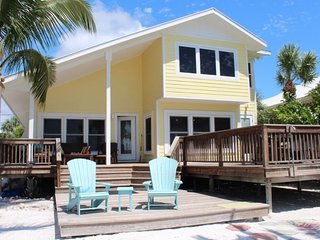 Sunset Cottage - Amazing Beachfront 4 BR Cottage with Private Beach and Great