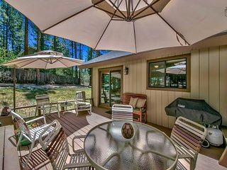 Spacious home in Montgomery Estates with horseshoes, grill, outdoor patio - Peaceful Pines, South Lake Tahoe