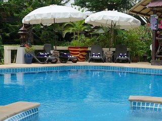 Villa 2ch IMPERIAL, piscine, jacuzzi, plage 400 m, Koh Samui