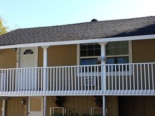 Furnished 2-Bedroom Apartment at Scott St & Arleta Ave San Jose, Santa Clara