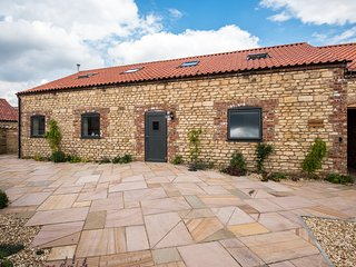 Hayloft- Glebe Farm Holiday Barns , Scampton