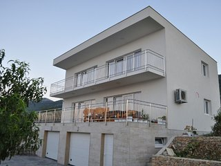 Luxury villa Ane near Split with private pool, Kastel Kambelovac