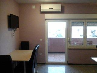Blue Horizon apartment 4 - 2+2, Novalja