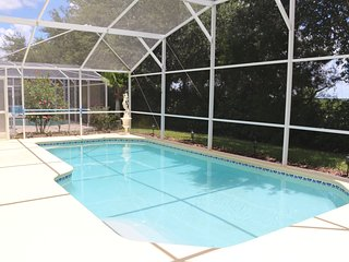 Great Location / Private Pool / Games Room / WiFi, Davenport
