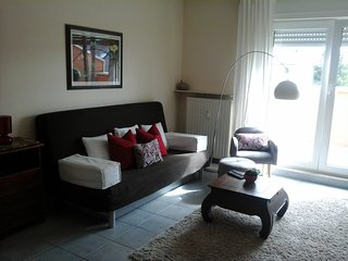 Sunny Apartment in City - Big Balcony and Parking, Luxembourg City