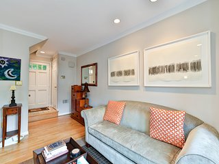 Amazing Townhouse In Old Town Alexandria, Alejandría