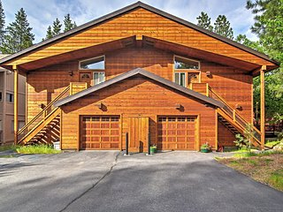 Beautifully Appointed 2BR Tahoe Donner Condo w/Spacious Layout & Wifi - Easy Access to Skiing, Golfing & Truckee Attractions!