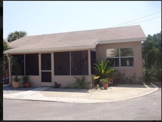 Location! Charm! Walk to beach, Flagler shops, New Smyrna Beach