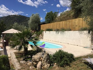 Bas de villa piscine privative, Sospel