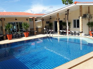 Bang saray private villa sleeps up to 52 people, Sattahip