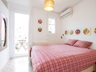 Sagrada Familia 2 bedroom 2 Baths, Barcelona