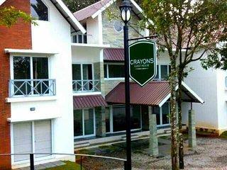 CRAYONS Guest House - Munnar, Chithirapuram