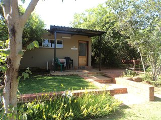 Zebra Self Catering Chalet Sleeps 4 people, Rustenburg