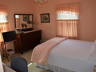 Upscale B&B - daily, weekly and monthly rentals