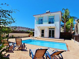 Beautiful private home in the central Protaras