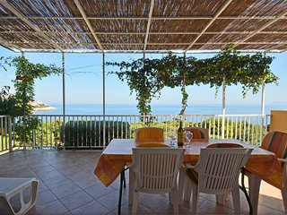 "House by the sea ""LaNa"" **** Korcula island, Zavalatica"