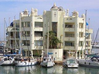 Beautiful penthouse in Jardines de carvajal