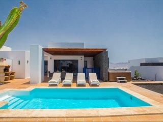Villa Carmen, Playa Blanca