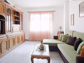 Céntrico piso, 3 dormitorios, máximo 5 personas, Telde