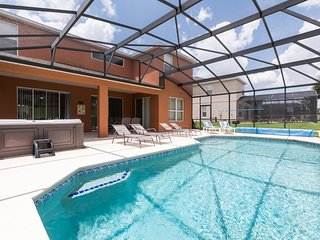 7 Bedroom, 4 King Beds, Hot Tub, Large Pool, Kissimmee