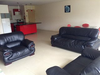 EXOTIC SURROUNDING, 2 BEDROOM FAMILY APARTMENT, Nadi
