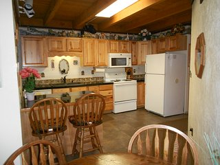 ECONOMY PERFECT FOR FAMILY WINTER/SUMMER VACATIONS, Silverthorne