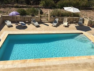 Seaview villa with large pool and garden, Marsaskala